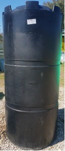 300 Gallon Plastic Water Storage Tank
