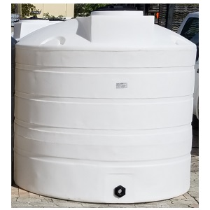 1100 Gallon Vertical Plastic Storage Tank