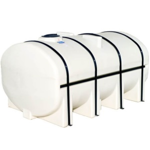 2750 Gallon Ace Roto Mold Horizontal Leg Tank