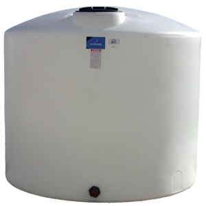 1350 Gallon Vertical Plastic Storage Tank